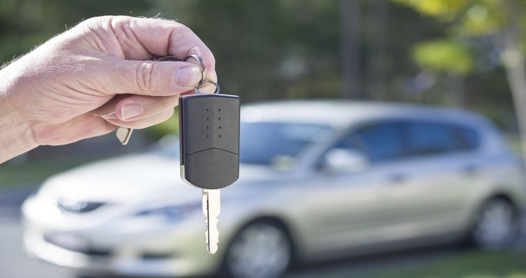 Tips for Buying a Used Car – Scams and Features to Avoid